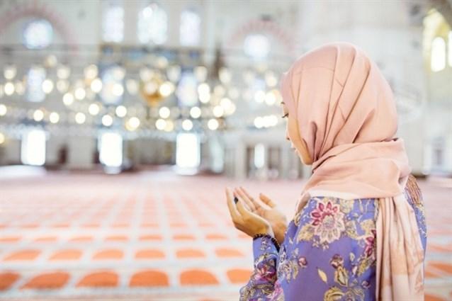 صورة تفسير حلم دخول المسجد للمتزوجه , امراة متزوجة رات نفسها داخل المسجد!! ما تفسير ذلك؟؟؟