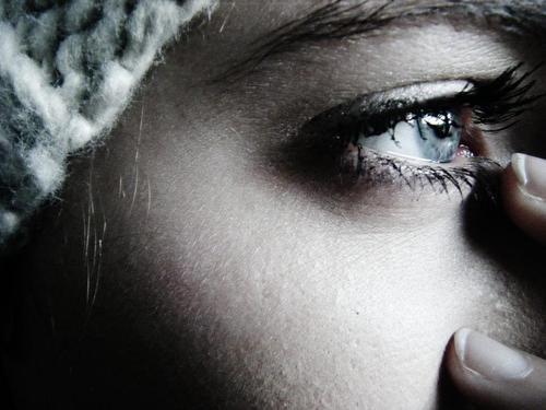 صور صور حزينه عيون , اروع الصور عن العيون الحزينه