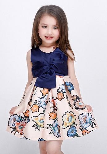 صور ملابس بنات صغار كيوت , ستايلات مميزه لصغيرتك علي الموضه