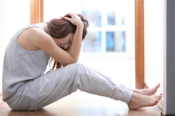صورة اعراض الدورة الشهرية قبل نزولها باسبوع , علامات اقتراب موعد الدورة الشهرية