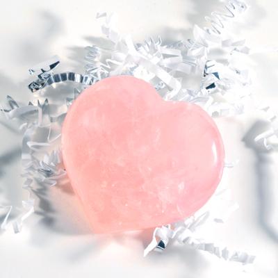 صورة صور قلب احبك , معني الحب الحقيقي