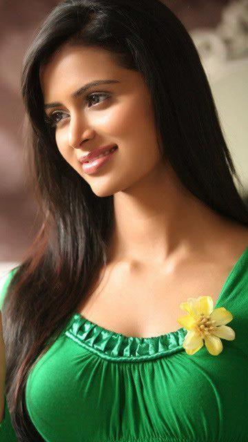 صورة بنات جميلات الهند , رقه وجمال ملامح بنات الهند