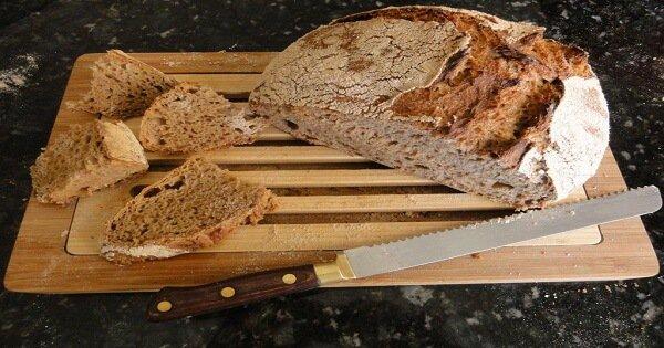 صورة اكل الخبز في المنام للعزباء , اسرار ودلائل عن الخيز في المنام