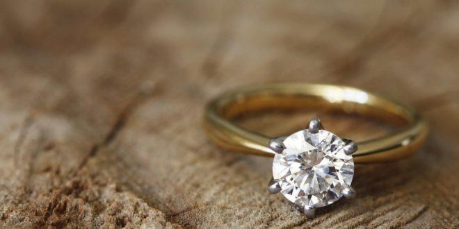 صورة الخاتم في المنام للعزاء , لبست خاتم فضه هل تفسيره محمود راح اقلك