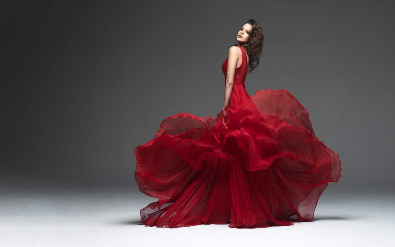 صورة تفسير حلم الفستان الاحمر للعزاء , هو الاخر خير في المنام راح اقلك