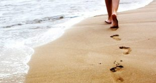 تفسير حلم المشي حافيا , ادق تفسير للمشي بدون حذاء في المنام