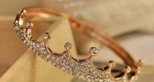 صورة خاتم على شكل تاج , الرقي والفخامة