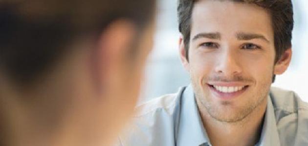 صورة ماهي علامات اعجاب الرجل بالمراة , اشارات تدل على اعجابه بك