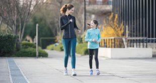 صورة المشي ساعة يوميا , تخلص من الامراض المزمنة