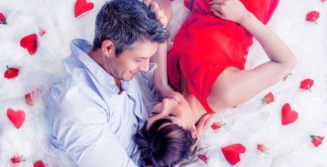 صورة الرومانسية بين الزوجين في غرفة النوم , اسرار الرومانسيه بين الازواج
