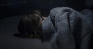 صورة النوم في الظلام فوائده كثيرة هقلك ايه هيا , النوم في الظلام